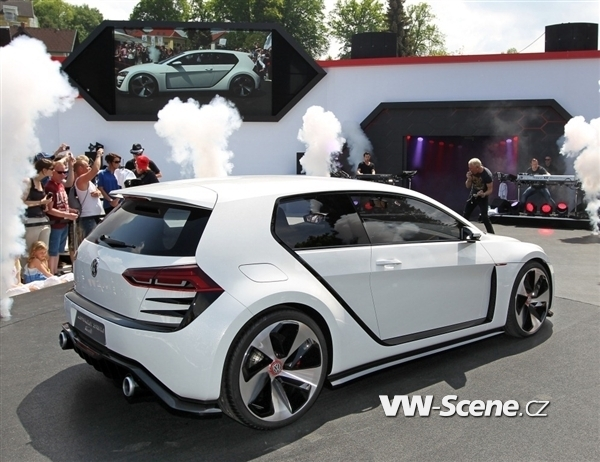 volkswagen-design-vision-gti-rear-static1-600-001 - kopie
