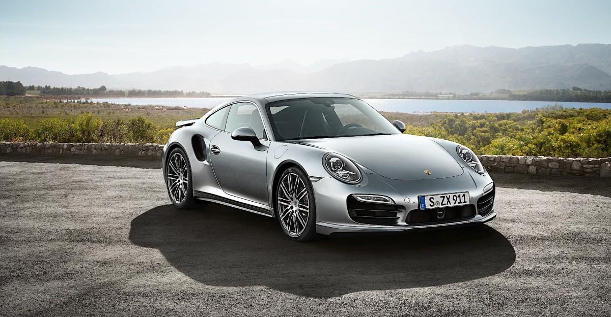 PORSCHE-911-Turbo--991--4854_14